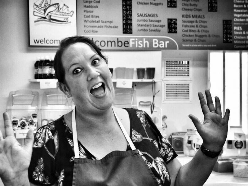Jo. Verkäuferin. Alcome Fish Bar. Minehead