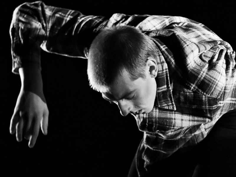 groundPLAY! Julien Müller. Contemporary Dance School Hamburg.
